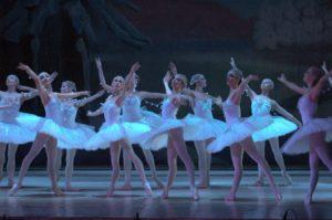 winter performances DECC ballet dancers